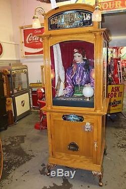 1970s Original Estrellas Prophecies Gypsy Fortune Teller Machine 25c Gold Leaf