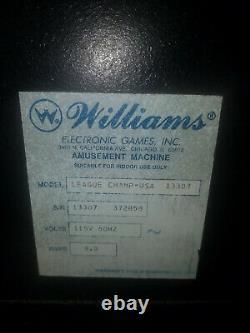 1995 Williams League Champ Shuffle Alley Bowling Machine