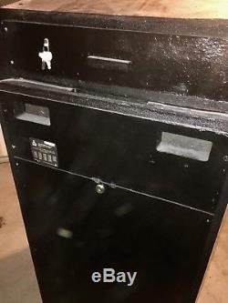 ATARI TEMPEST ORIGINAL ARCADE MACHINE (Excellent Condition) RARE