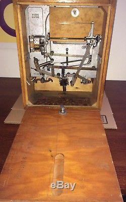 Antique Coin Op Baker Kicker Catcher 1 Cent Football Arcade Machine Game