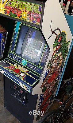 Centipede Arcade Machine Game (All Original)
