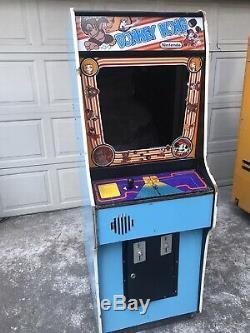 Completely Empty Nintendo Donkey Kong Arcade Cabinet Machine Project. No Monitor