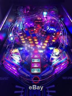 Demolition Man Pinball Machine Game Arcade in Excellent/ collection Condition