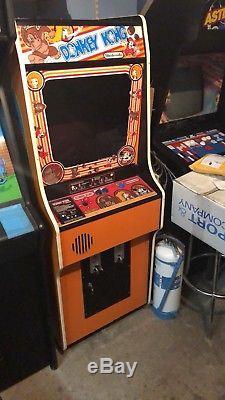 Donkey Kong Arcade Machine Vintage Full Size working orange cab