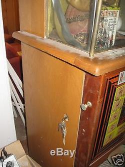 Fortune Teller Genco Gypsy Grandma Horoscope Arcade Machine circa 1940-1950's