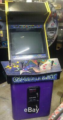 GAUNTLET DARK LEGACY ARCADE MACHINE by MIDWAY 2000 (Excellent Condition) RARE