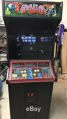 Gravitar Coin Operated Arcade Video Game Machine by Atari X-Y Monitor 1982