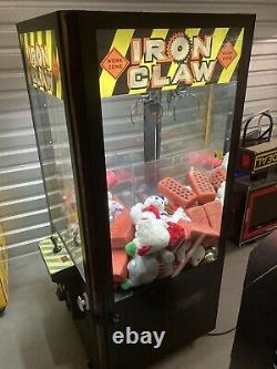 ICE Iron ClawithPinnacle Crane Claw Machine Arcade Game! Shipping Available