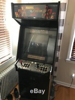 MARVEL vs CAPCOM 2 ARCADE GAME MACHINE