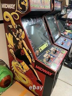 Mortal Kombat 1 Arcade Machine. Full Size Original