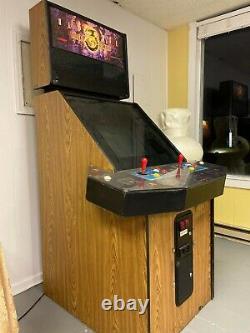 Mortal Kombat 3 Arcade Machine MK3 Video Game Cabinet Coin Operated