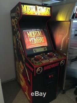 Mortal Kombat Arcade Game Original Machine 1992 Collectors Pre-Owned Southern CA