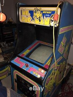 Ms. PacMan Arcade Machine Video Game 100% original cabinet and game PAC Man
