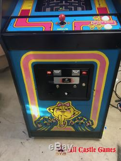 Ms Pac-Man Arcade Machine Coin Operated Amusement Bally Midway