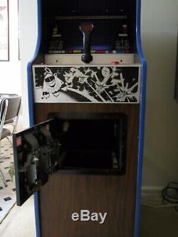 Vintage Zaxxon Arcade Machine In A Original Midway Gorf Mini Arcade Cabinet