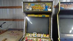 Virtua Fighter Arcade machine. Plays Blind