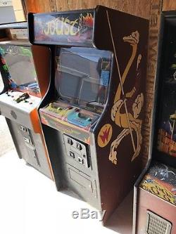 Williams Joust Non-Working Arcade Machine Complete PCB All Original Cabinet