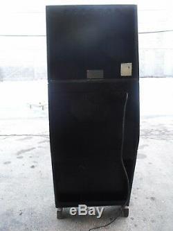 Williams pinball arcade shuffle puck bowling machine arcade alley top dawg