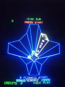 Atari Tempest Vertical Couleur Xy Machine De Vidéo D'arcade Graphique Vectoriel