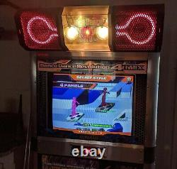 Dance Dance Revolution Solo 4e MIX Plus Working Coin-op Arcade Machine