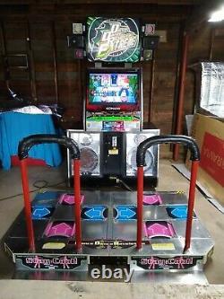 Dance Revolution Extreme Arcade Machine Avec Machines À Sous De Cartes De Mémoire Konami/bemani