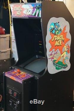 Espace Dédié Arcade Machine Plus Lair De Dragon Et Lair De Dragon 2