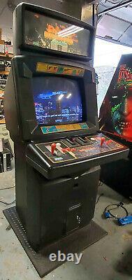 Full Size Die Hard Arcade Fighting Video Game Machine! Fonctionne Très Bien