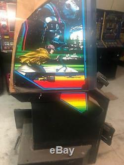 Le Retour De La Machine À Sous Vidéo Jade Arcade De Star Wars