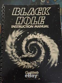 Machine À Boules Black Hole - Deux Terrains De Jeu