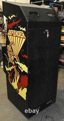 Machine D'arcade Défendeur Par Williams (excellente Condition)