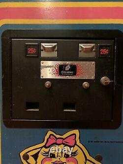 Mme Pacman Vintage Années 1980 Original Full Size Upright Arcade Machine (works Great!)