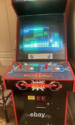 Mortal Kombat II Arcade Machine Orginal Par Midway