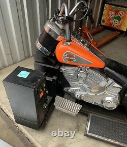 Motor Harley Davidson From Old Arcade Machine Ne Fonctionne Pas Seulement À Vélo
