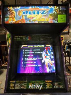 NFL Blitz 2000 4 Player Arcade Video Game Machine (midway) Fonctionne Très Bien