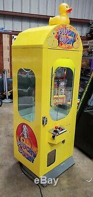 Plucky Canard Grue Bonbons Claw Arcade Machine En Peluche Capsule Vending Peluche