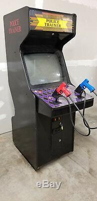Police Formateur Arcade Machine 1997 (excellent État) Rare