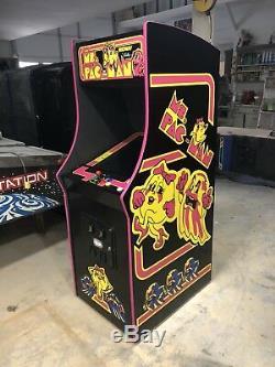 Restauré Noir Mme Pacman Arcade Machine, Aménagee