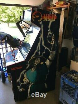 Survivor Original Une Machine De Jeu D'arcade Dédiée Mortal Kombat II 2