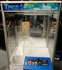 Treasure Chest Compétence Courte Griffe De Grue En Peluche / Canard / Bonbons Arcade Machine Blanche