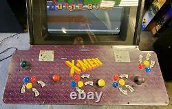X-men 4 Player Full Size Arcade Game Machine! Fonctionne Très Bien! Grande Forme! Konami